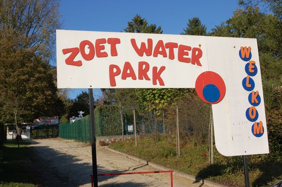 De pop-up bar komt aan het Zoet Water park.
