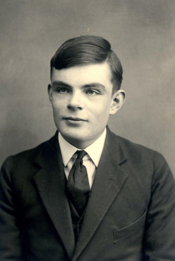 Alan Turing (1912-1954). De Britse wiskundige die de Enigmacode van nazi-Duitsland wist te kraken. De Tweede Wereldoorlog verkortte op die manier aanzienlijk.