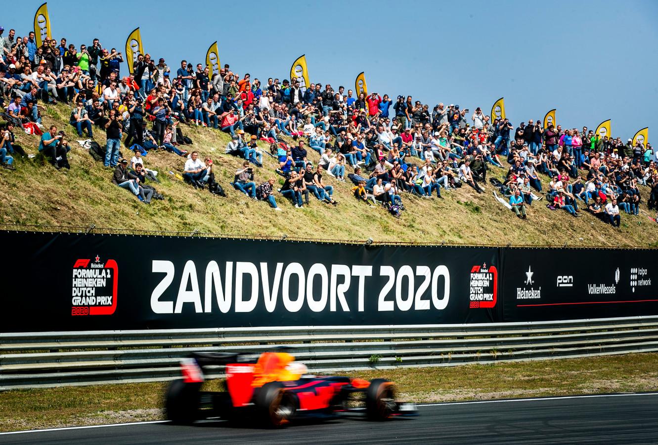 De terugkeer van de Formule 1 op circuit Zandvoort is door corona met één jaar uitgesteld.