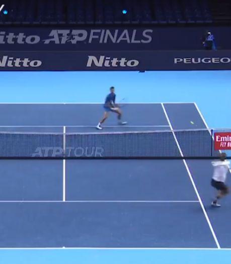 Passing en quatre temps: échange de titans entre Novak Djokovic et Alexander Zverev