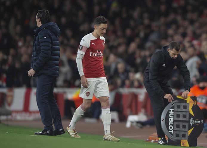 Mesut Özil was afgelopen seizoen niet onomstreden bij Arsenal.