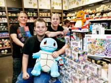 Voor deze Pokémonwinkel in Utrecht staat áltijd een rij: 'Belachelijk eigenlijk, deze hype'