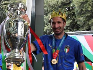 """PORTRET. De onverzettelijkheid van Chiellini, gezicht van Italië op EURO 2020: """"Ik spreek graag met mijn lichaam"""""""