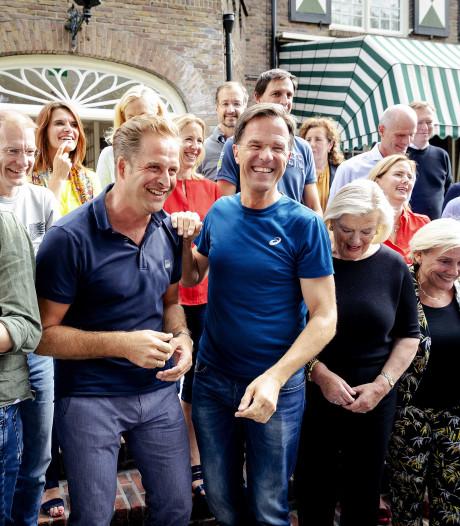 Casual sportshirtje Rutte op 'bordesfoto' wekt verbazing