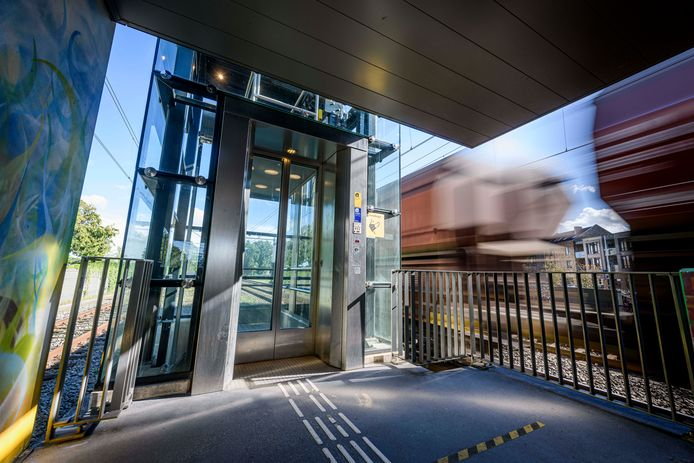 Op station Wierden is de lift hersteld.