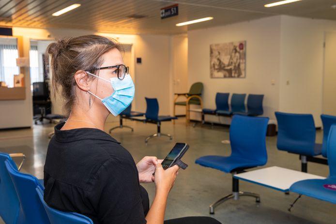 In de wachtruimte van het St. Antonius ziekenhuis zijn mondkapjes al verplicht. Foto ter illustratie.