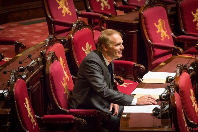 Alain Destexhe (MR) tijdens een plenaire zitting in de Senaat. Beeld BELGA