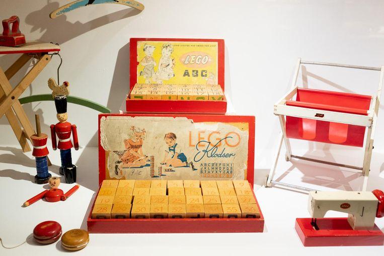 Uit de oude (LEGO-)doos: het speelgoed is doorheen de decennia geëvolueerd naar de blokjes die nu zo geliefd zijn over heel de wereld.