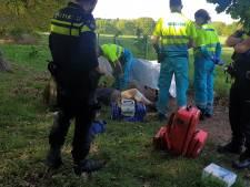 Vrouw uit Arnhem met ernstige bloeding naar ziekenhuis na hondenbeet in Groesbeek