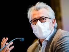 Mobilisation au cabinet de Bernard Clerfayt pour les sans-papiers en grève de la faim