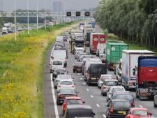 Te hoge vrachtwagen voor de Drechttunnel? Nieuw matrixbord moet grote opstoppingen voorkomen