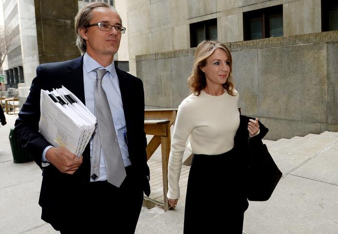 Heleen Mees met haar advocaat