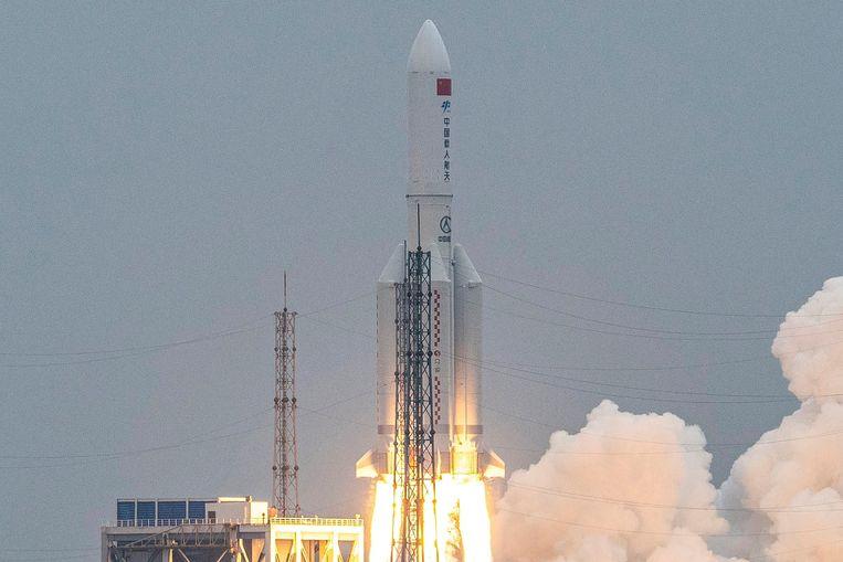 De lancering van de Lange Mars 5B-raket verliep op 29 april volgens plan. Beeld AFP