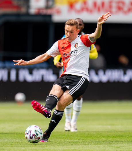 LIVE | Haller eindstation van fraaie Ajax-aanval, Feyenoord verliest Geertruida