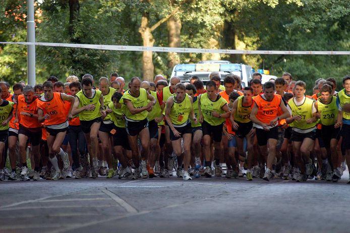 Start van een etappe op de Veluweloop.
