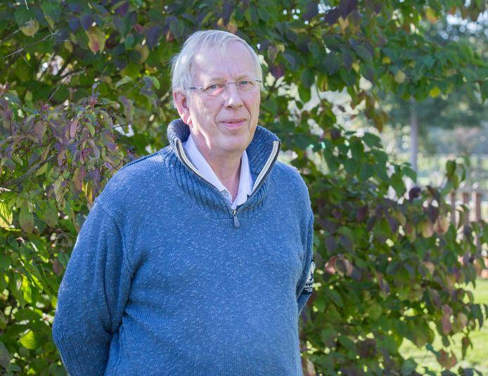 Carel Bruring uit Goes reist eind december met zijn eigen auto naar Griekenland in het kader van de actie 'We gaan ze halen'.