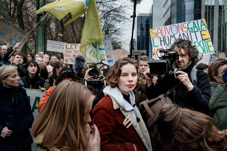 Anuna De Wever tijdens de klimaatsmars in Brussel op 15 maart, 2019. Is de jeugd intussen klimaatmoe? Beeld Eric de Mildt