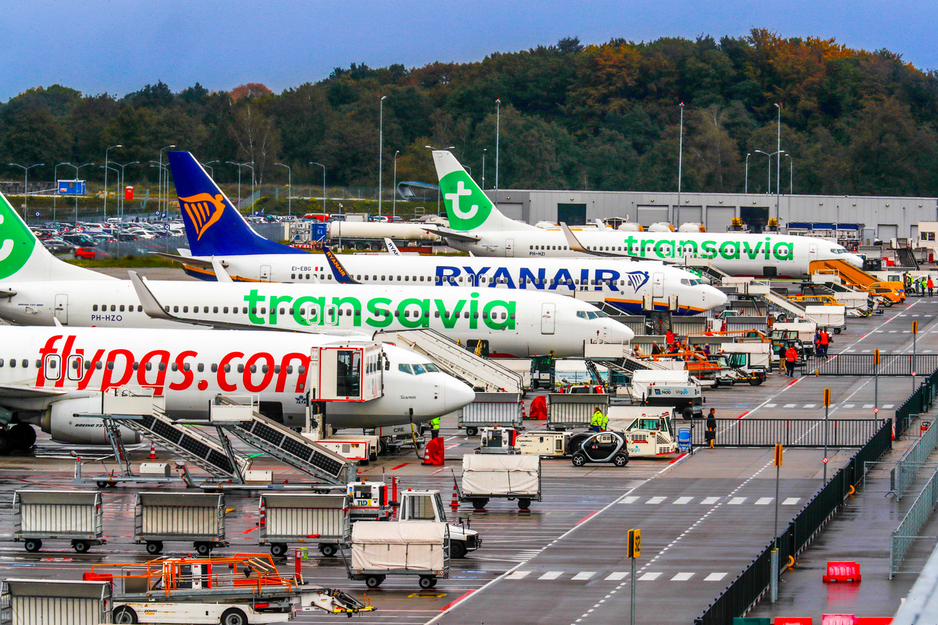 Eindhoven Airport krijgt de natuurbeschermingsvergunning omdat berekeningen aantonen dat de stikstofuitstoot is gedaald.