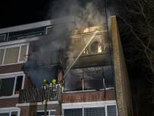 Dode bij uitslaande brand in woning Hellevoetsluis
