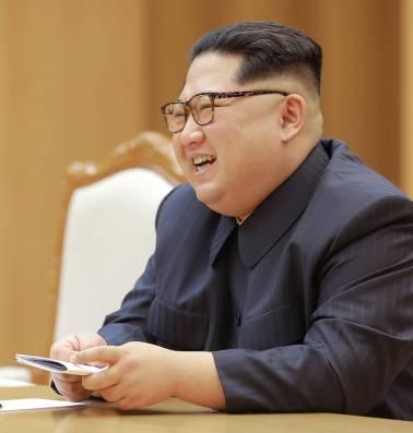 Kim Jong-un paait de VS met een wassen neus