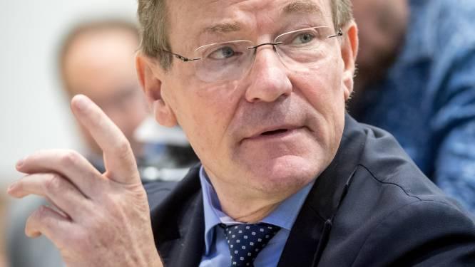 Van Overtveldt verdedigt zomerakkoord tegen kritiek multinationals