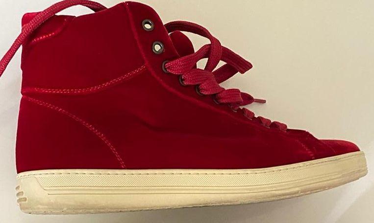Tom Ford Red Velvet Russel High-Top sneakers. Uit de collectie van Jacob Jan Boerma. Beeld