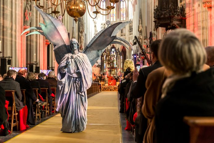 Het Jeroen Bosch-jaar, de opening was in de Sint-Jan, trok meer toeristen uit binnen- en buitenland naar Den Bosch. De Brabantse vrijetijdseconomie profiteerde ervan.