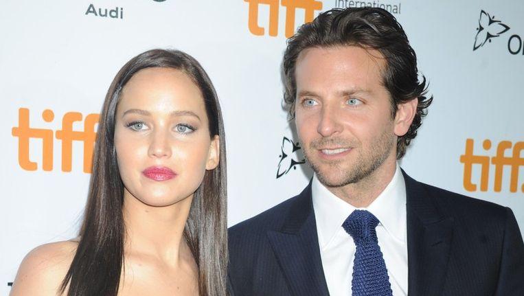 Jennifer Lawrence en Bradley Cooper. Beeld photo_news