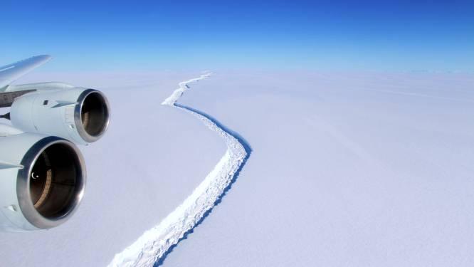 Derde grootste ijsberg ooit nadert finaal afscheurpunt en kan dan indirect zeespiegel doen stijgen