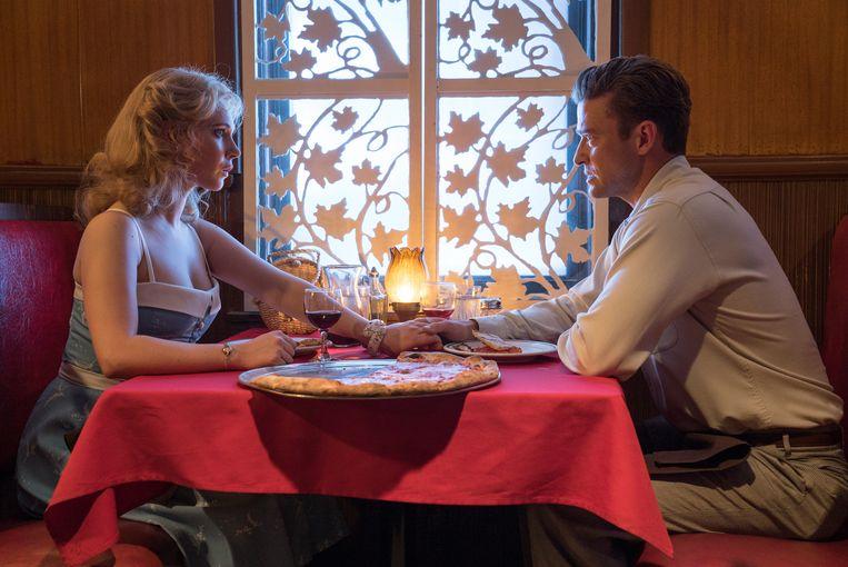 Juno Temple en Justin Timberlake in 'Wonder Wheel'. De film speelt zich af op Coney Island in de jaren 50. Beeld rv