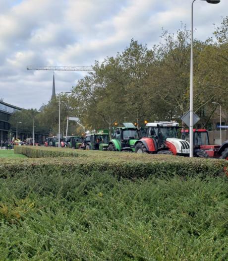LIVE | Verkeer loopt vast: '7 kilometer aan trekkers' tussen Raalte en Zwolle