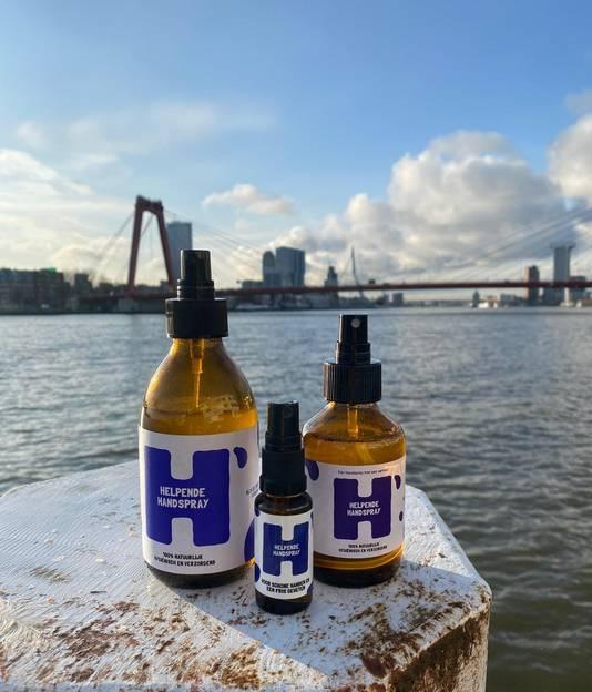 De Helpende Handspray wordt lokaal in Rotterdam geproduceerd.