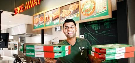 Gratis pizza's! Feestelijke heropening van uitgebrande New York Pizza op Nobelstraat in Utrecht