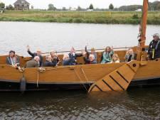 25 PvdA-burgemeesters varen op de Vecht bij Dalfsen