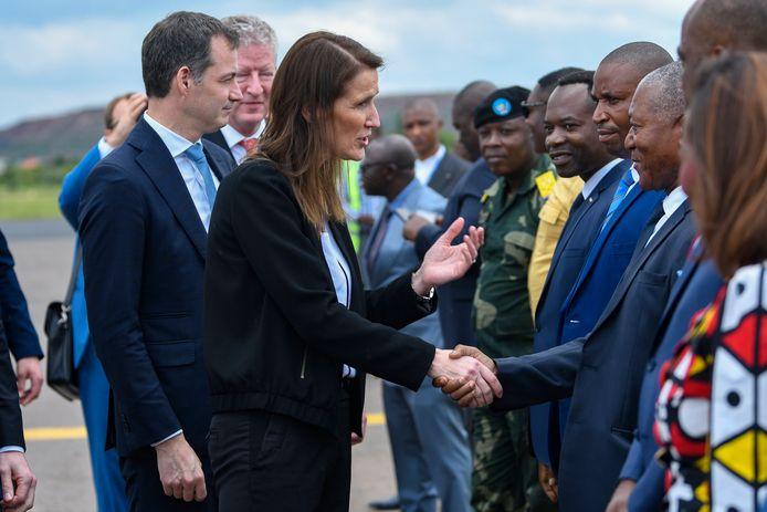 Ook minister van Ontwikkelingssamenwerking Alexander De Croo (Open VLD) en minister van Buitenlandse Handel Pieter De Crem (CD&V) reisden mee met premier Wilmès.
