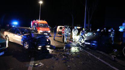 VIDEO: Vier gewonden bij zware crash op de N41