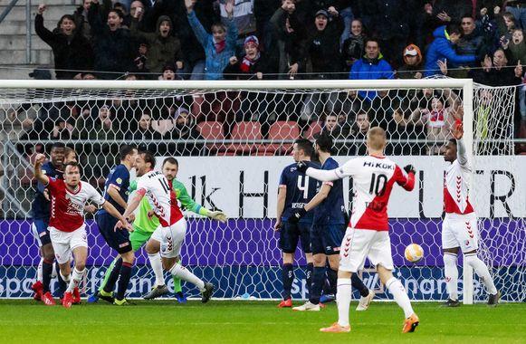 Utrecht maakte al na 7 minuten de 1-0.