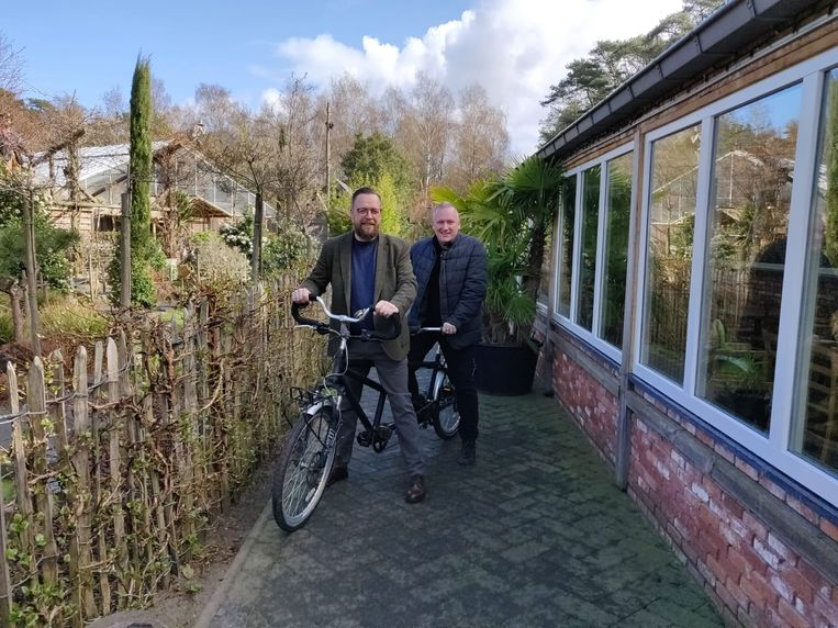 Werner Janssen en Patrick Bosmans op de fiets