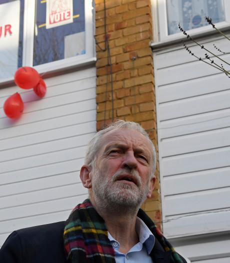 Corbyn maakt excuses aan Labour-kiezers