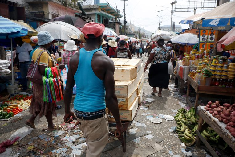 De markt van Pétion-Ville.   Beeld Estailove St-Val