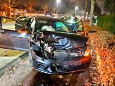 Jongeren met lachgas botsen bovenop andere auto in Waalre