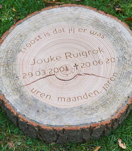 Te hoog gestapelde metalen strips waarschijnlijk oorzaak dodelijk ongeval Jouke Ruigrok (17) in Loosbroek