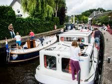 Streep door opening vaarseizoen: pleziervaarders voorlopig vast in havens in en om Utrecht