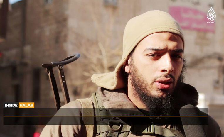 Een Franse jihadist op een gepubliceerde video van IS. Beeld Afp