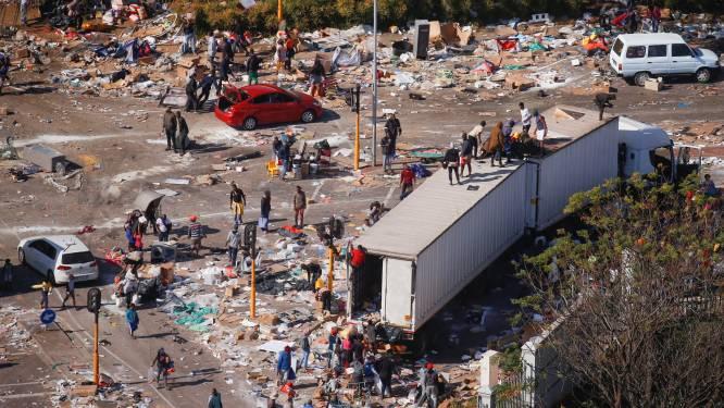 Zuid-Afrika wil 25.000 militairen inzetten na dagen van geweld