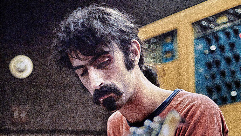 Frank Zappa in 'Zappa' Beeld TMDb