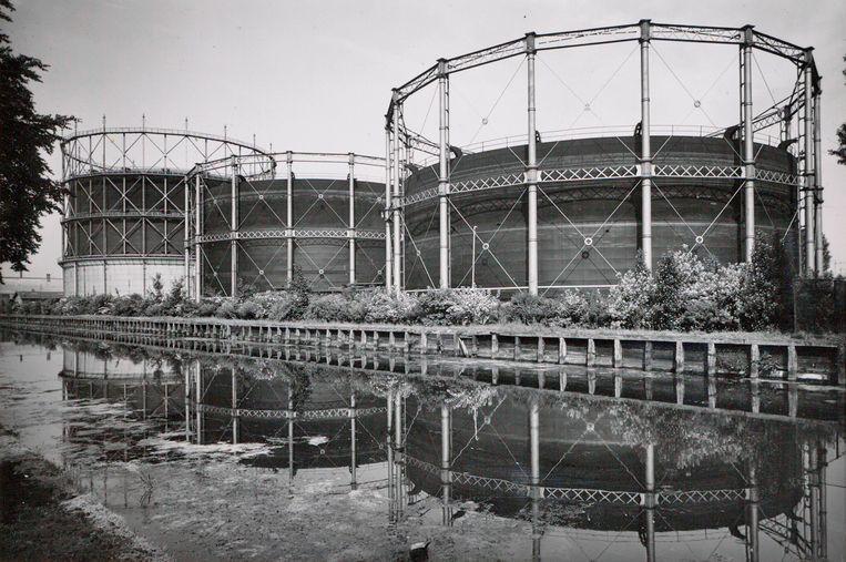 De Oostergasfabriek in 1941. Beeld Stadsarchief