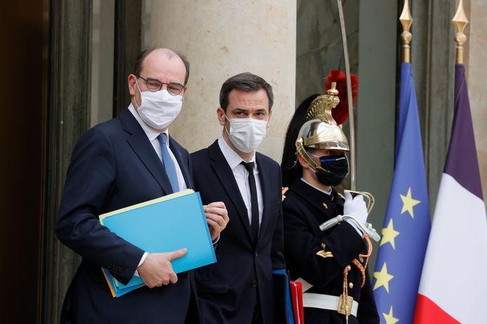 Le Premier ministre français Jean Castex et le ministre de la Santé Olivier Véran