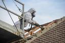 Asbestdaken zijn na 1 januari 2025 verboden en moeten voor die datum worden gesaneerd.