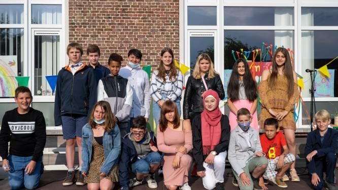 In bubbels en in open lucht: Het Laar zorgt voor warm afscheidsmoment van zesdeklassers